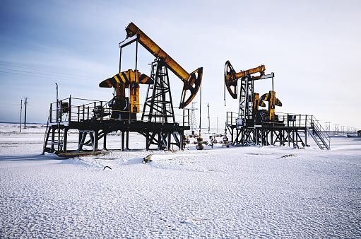 Oil Industry「Oil rig, snow winter, oil pump」:スマホ壁紙(8)