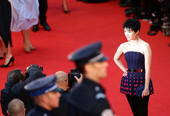 Dark Blue「Opening Ceremony And 'The Great Gatsby' Premiere - The 66th Annual Cannes Film Festival」:写真・画像(5)[壁紙.com]