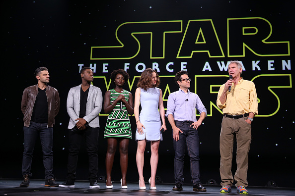 "Star Wars「""Worlds, Galaxies, And Universes: Live Action At The Walt Disney Studios"" Presentation At Disney's D23 EXPO 2015」:写真・画像(1)[壁紙.com]"