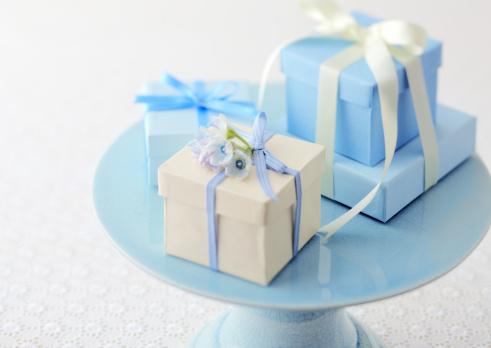 ホワイトデー「Gift box」:スマホ壁紙(0)