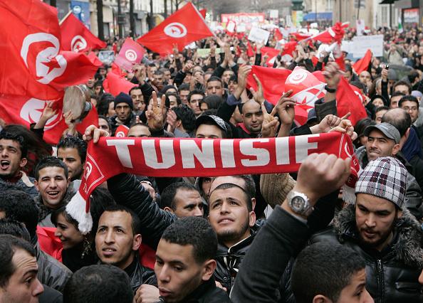 Tunisia「Solidarity with Tunisia and Algeria Demonstration in Paris」:写真・画像(2)[壁紙.com]