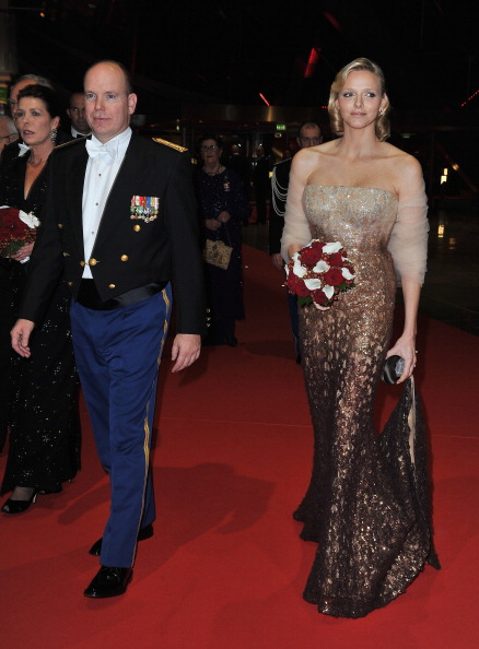 Strapless「Monaco National Day 2010 - Gala Concert Arrivals」:写真・画像(19)[壁紙.com]