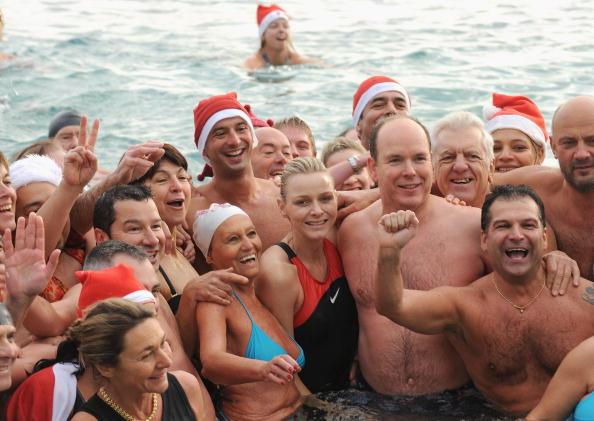 モナコ公国「TATSA Association Holds Annual Charity Christmas Swim」:写真・画像(17)[壁紙.com]