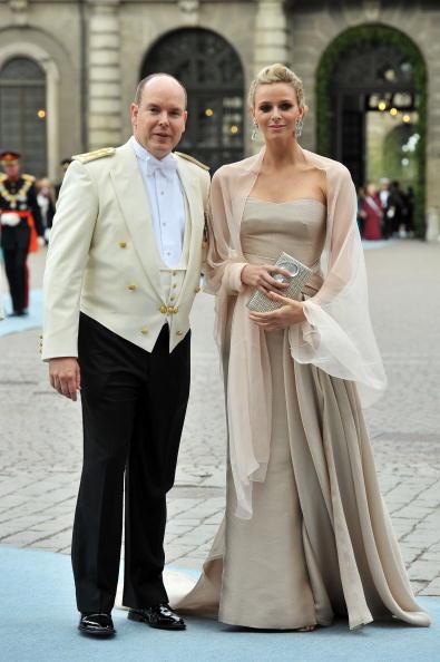 Prince Albert II of Monaco「Wedding Of Swedish Crown Princess Victoria & Daniel Westling: Arrivals」:写真・画像(15)[壁紙.com]