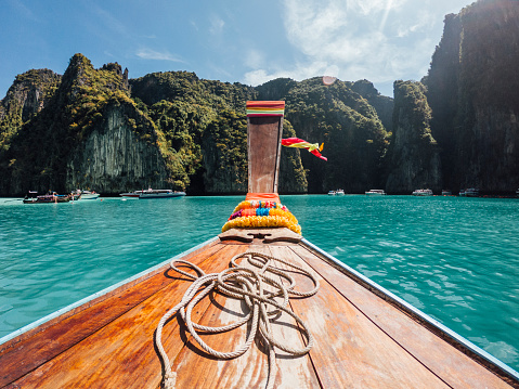 Sailboat「Sailing on a longtail boat in Thailand, Phi Phi Island」:スマホ壁紙(4)