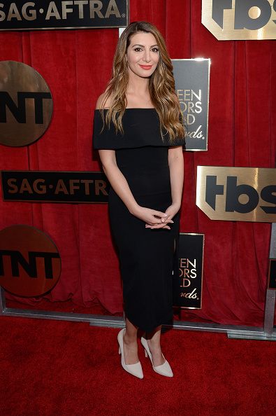 Nasim Pedrad「22nd Annual Screen Actors Guild Awards - Red Carpet」:写真・画像(18)[壁紙.com]