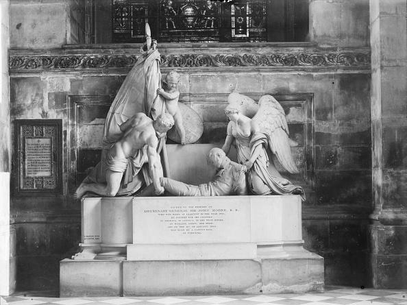 Bacon「Sir John Moore Monument, St Paul's Cathedral, London, c1870-c1900」:写真・画像(15)[壁紙.com]