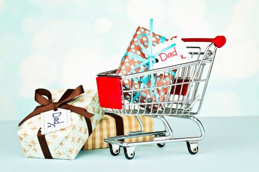 父の日「ショッピングのパパ」:スマホ壁紙(4)