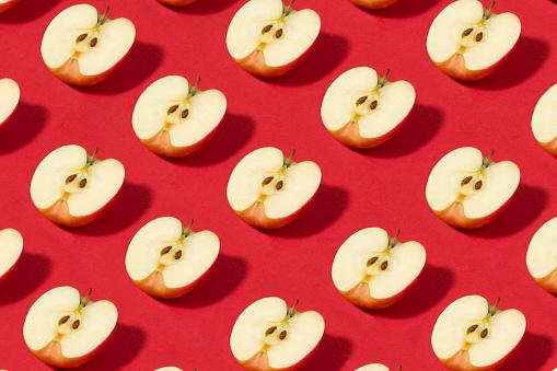 Turkey - Middle East「Half Sliced Apples Pattern on Red Background」:スマホ壁紙(0)