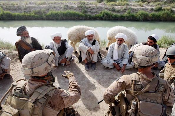 Taliban「U.S. Marines Continue Suppression Of Insurgents」:写真・画像(11)[壁紙.com]