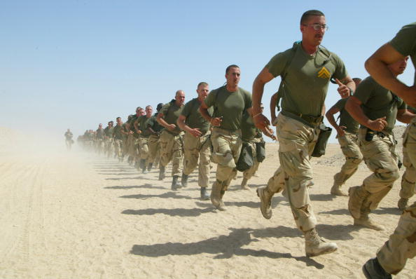 Copy Space「U.S. Marines Train At Camp Shoup In Kuwait」:写真・画像(9)[壁紙.com]