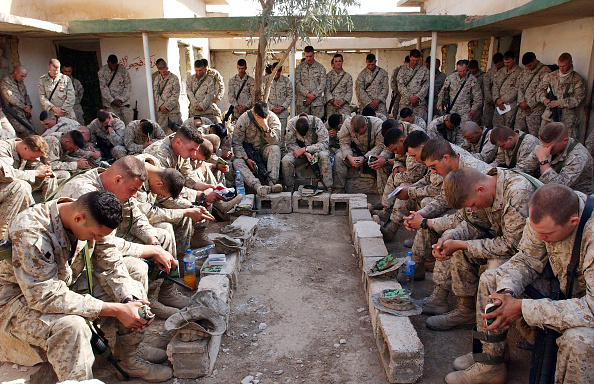 Anticipation「U.S Marines anticipating the final offensive on Falluja」:写真・画像(17)[壁紙.com]