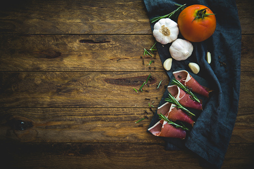 Food Styling「Slices of iberico ham tapas」:スマホ壁紙(13)