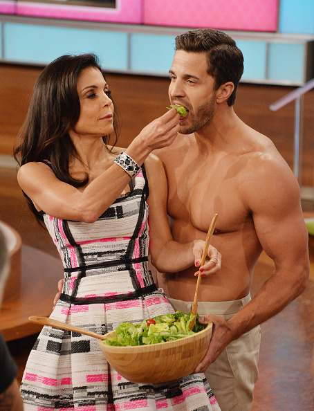 "Salad「Bethenny Frankel's Premiere Show Taping - ""bethenny"" premieres Monday, September 9th」:写真・画像(3)[壁紙.com]"