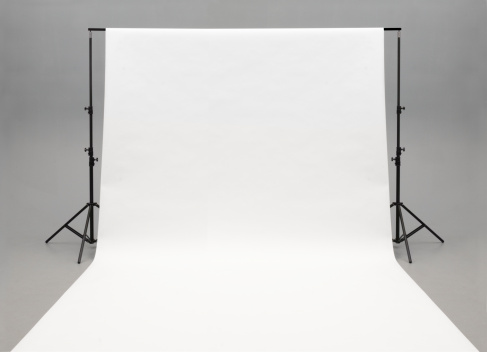 Behind The Scenes「Seamless white background paper hanging on stands-isolated on grey」:スマホ壁紙(3)