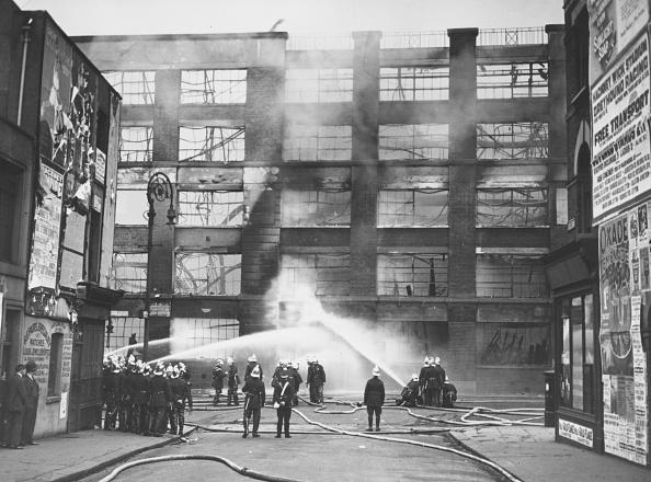 Facade「Burnt Factory」:写真・画像(14)[壁紙.com]