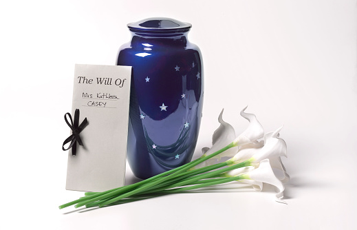 Undertaker「Funerary Urn with Last Will and Testament and Lillies」:スマホ壁紙(9)
