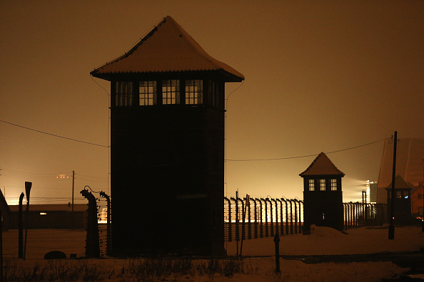 Fence「Auschwitz Prepares For The 70th Anniversary Of The Liberation Of The Camp」:写真・画像(17)[壁紙.com]