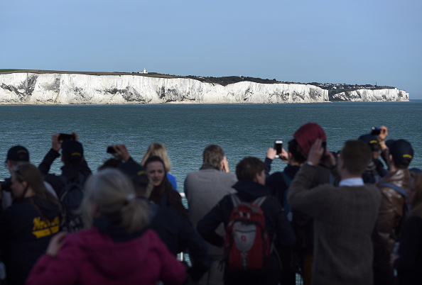 Passenger Craft「Triggering Article 50 - White Cliffs Of Dover」:写真・画像(1)[壁紙.com]