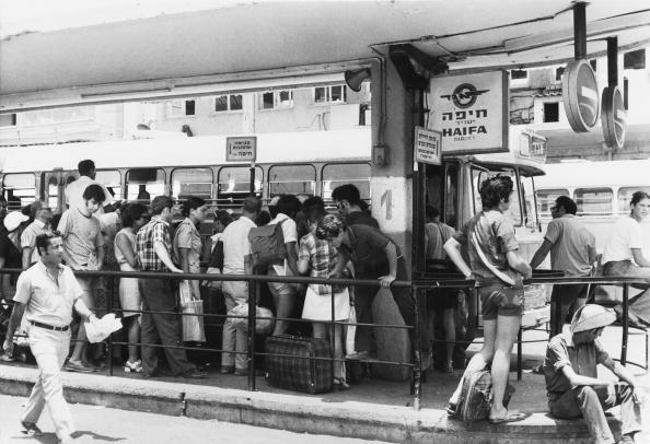 Bus「Tel Aviv Bus Station」:写真・画像(19)[壁紙.com]