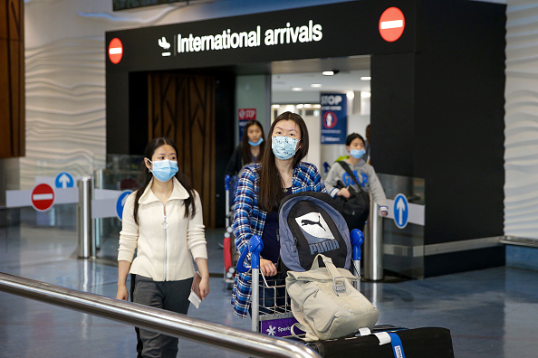 Arrival「New Zealand Remains On High Alert For Coronavirus Despite No Confirmed Cases」:写真・画像(3)[壁紙.com]
