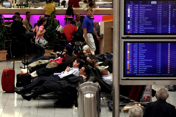Frankfurt - Main「Volcanic Cloud Causes Disruption To German Airports」:写真・画像(8)[壁紙.com]