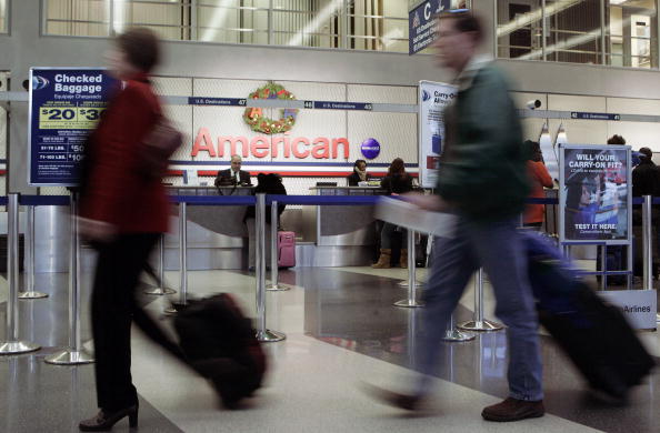 O'Hare Airport「Car Travel Is Up, Air Travel Down As Americans Depart For Holiday Weekend」:写真・画像(17)[壁紙.com]