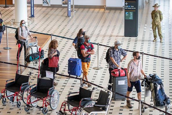 Hotel「Coronavirus Evacuation Flight Carrying Passengers From Nepal Arrives In Brisbane」:写真・画像(13)[壁紙.com]