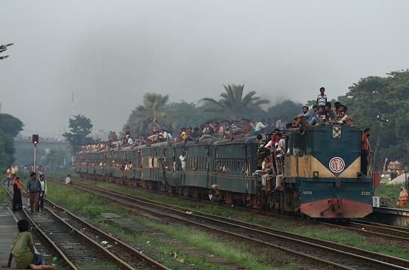 鉄道・列車「Daily Life In Dhaka」:写真・画像(7)[壁紙.com]