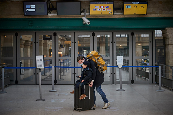 Human Role「Travellers Face Extra Borders Checks As Britain Leaves The European Union」:写真・画像(0)[壁紙.com]