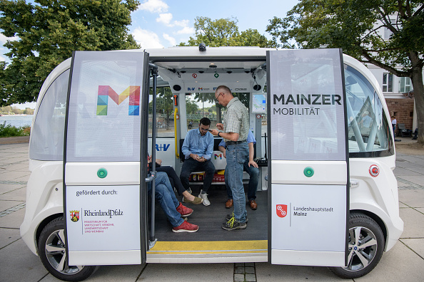 Bus「City Of Mainz Tests Electric Autonomous Bus」:写真・画像(3)[壁紙.com]