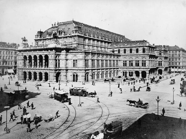 Facade「Vienna Opera House」:写真・画像(3)[壁紙.com]