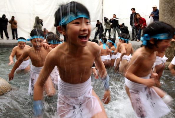 Japan「Naked Festival Takes Place」:写真・画像(1)[壁紙.com]