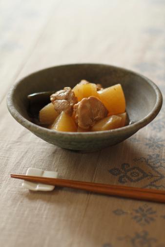 日本食「Japanese Chicken and Radish Dish」:スマホ壁紙(17)