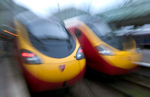 Finance and Economy「Virgin trains, Manchester railway station」:写真・画像(0)[壁紙.com]