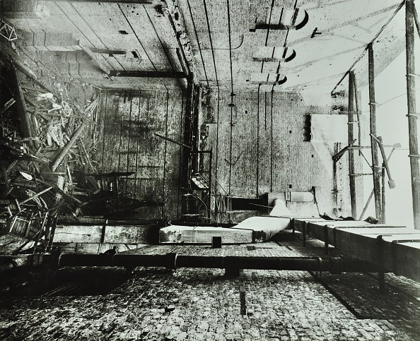 Auditorium「Burnt-Out Interior Of The Drury Lane Theatre, Covent Garden, London, 1908」:写真・画像(5)[壁紙.com]