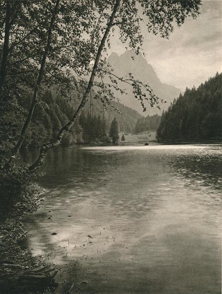 Water Surface「Riessersee, Waxenstein, 1931」:写真・画像(15)[壁紙.com]