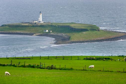 アーラン島「Pladda Lighthouse Isle of Arran Scotland」:スマホ壁紙(10)
