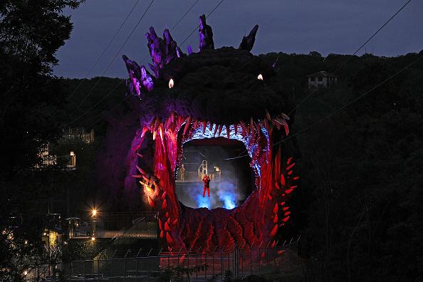 Anime「Japanese Theme Park Unveils 'Life-size' Godzilla」:写真・画像(8)[壁紙.com]