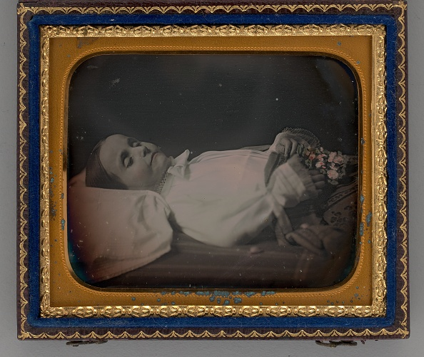 Photography「Untitled (Post-Mortem Portrait Of A Girl)」:写真・画像(18)[壁紙.com]
