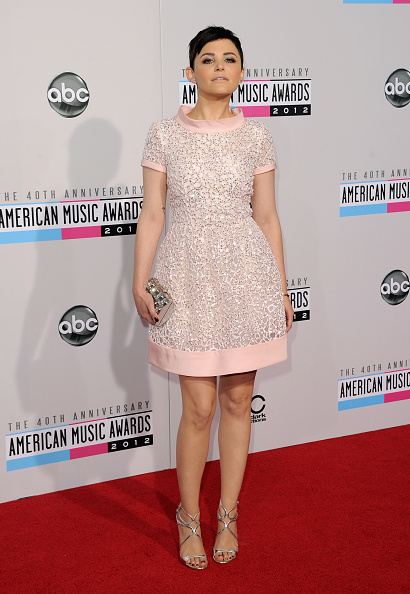 Silver Shoe「The 40th American Music Awards - Arrivals」:写真・画像(0)[壁紙.com]