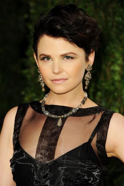 Diamond Earring「2012 Vanity Fair Oscar Party Hosted By Graydon Carter - Arrivals」:写真・画像(12)[壁紙.com]