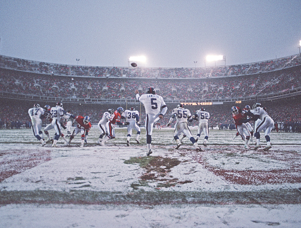 Snow「New York Giants vs Denver Broncos」:写真・画像(1)[壁紙.com]