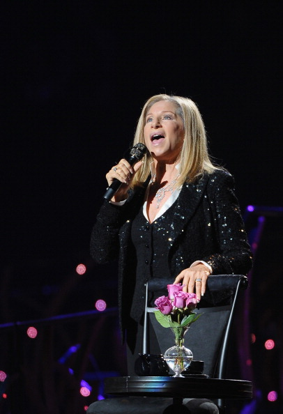 Sequin Jacket「Barbra Streisand In Concert - New York, NY」:写真・画像(17)[壁紙.com]