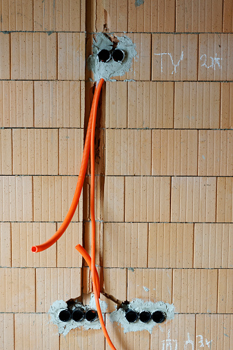Slit - Clothing「Wall with preparation for power supply lines at construcion site of a residential house」:スマホ壁紙(1)