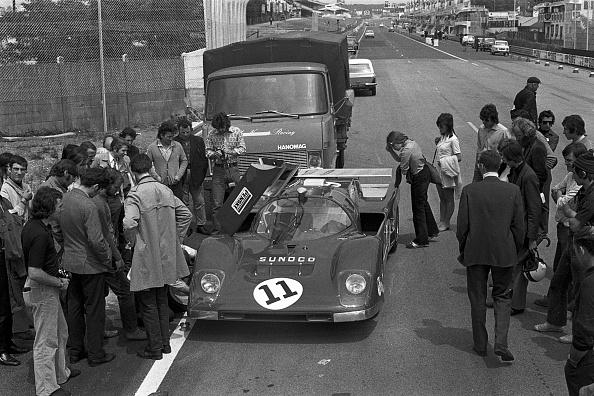 David M「Donohue, Hobbs, 24 Hours of Le Mans」:写真・画像(12)[壁紙.com]