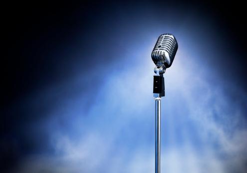 Dry Ice「Classic Retro Style Modern Microphone on Stage (XXXL)」:スマホ壁紙(1)