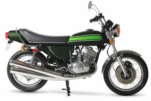 Motorcycle「Classic retro 1970s Japanese motorcycle in studio」:スマホ壁紙(14)