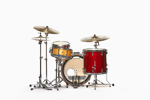 Musical Equipment「Drum set against white」:スマホ壁紙(1)