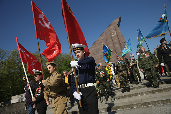 Russian Military「Berliners And Night Wolves Commemorate Red Army World War II Victory」:写真・画像(18)[壁紙.com]